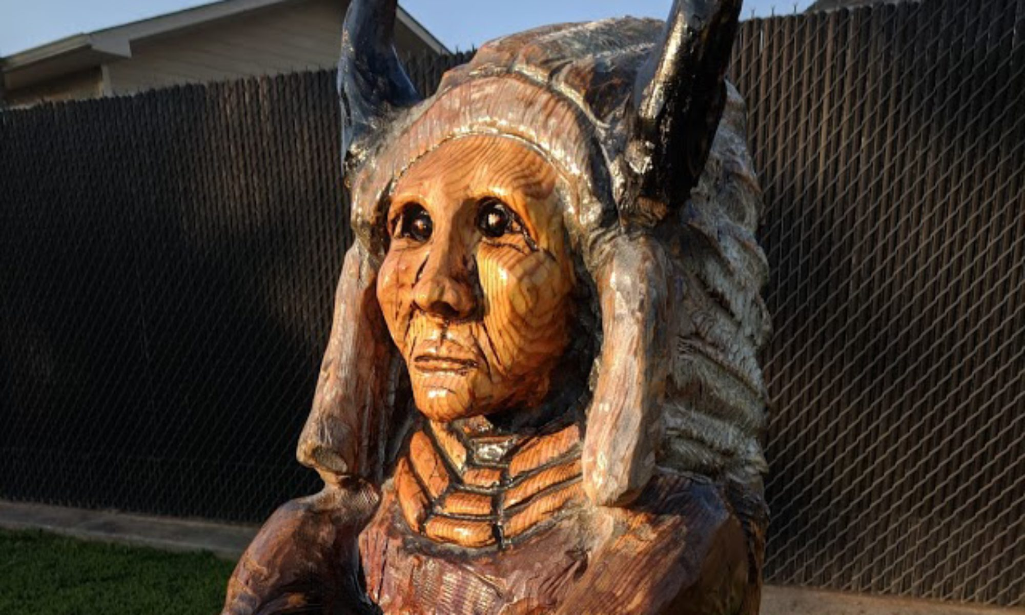 Custom wood carvings chainsaw carved