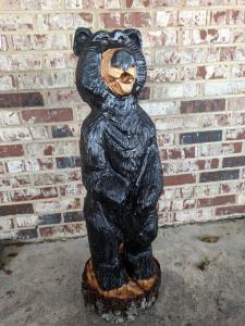 Cartoon black bear chainsaw carving2